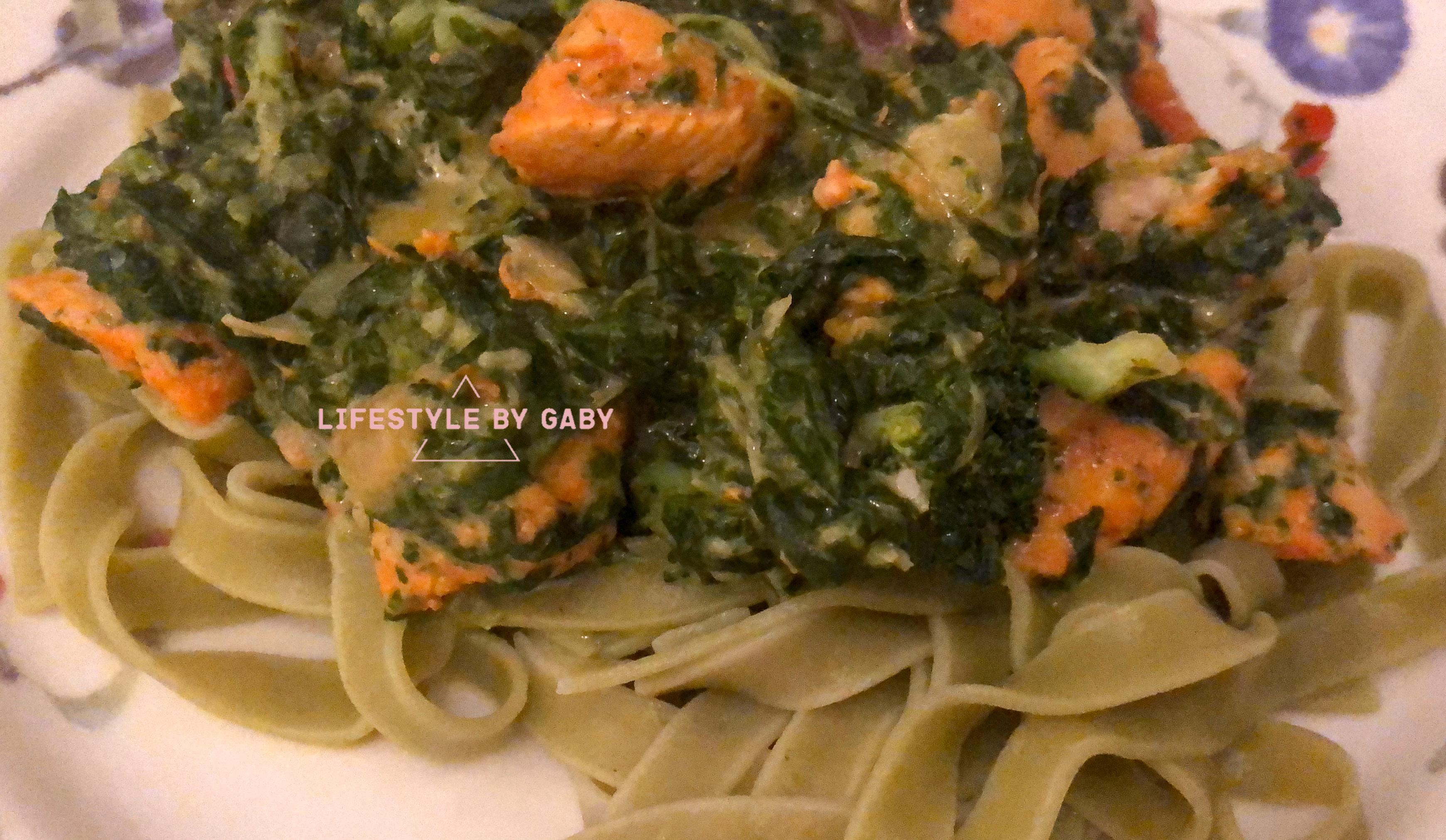 #8. Tagliatelle met spinazie, kip en groente